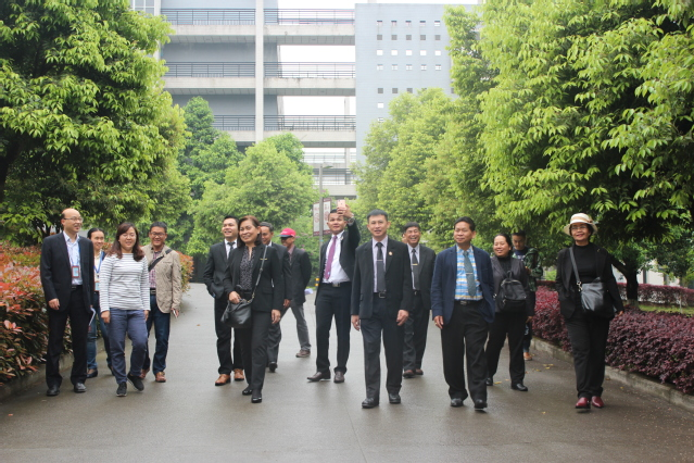 泰国高等职业院校代表团到我校访...